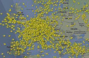 Live vliegtuigen volgen radar?